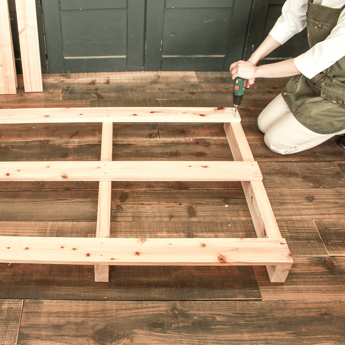 DIY FACTORY 自分サイズにセミオーダー パレットベッド