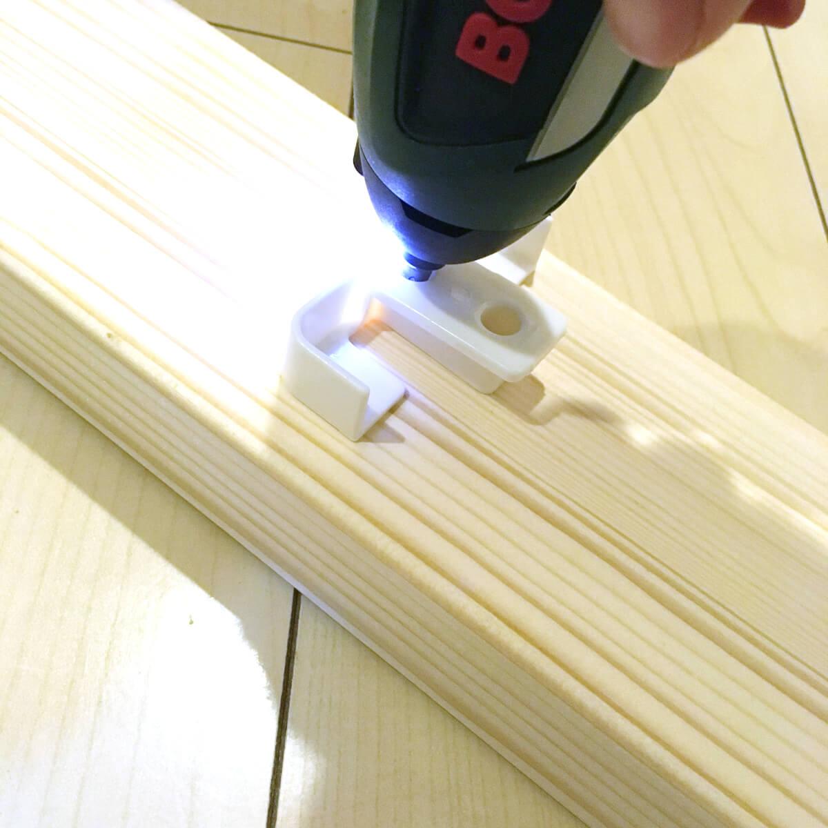 折りたたみテーブルが便利!テレワーク対応 賃貸向け簡単DIY