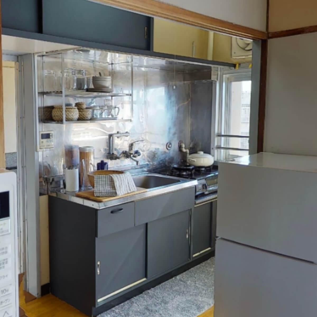 キッチン扉のペイントリメイク(グレー)