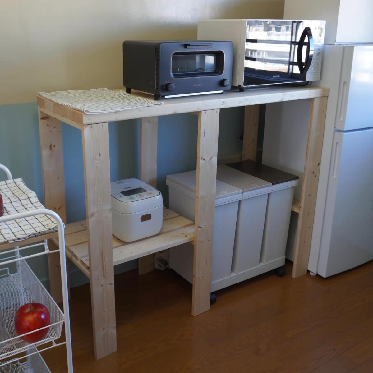 定番木材で作るキッチンラック